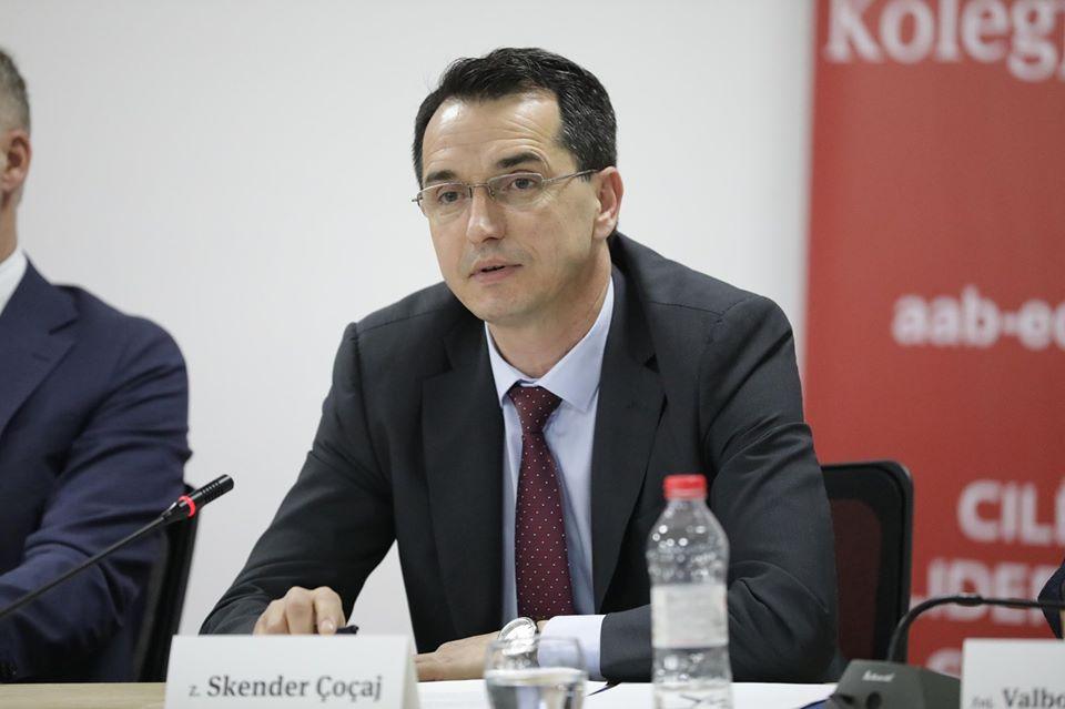 """Kryesuesi i KGJK-së, Skender Çoçaj, pjesë e tryezës """"Të drejtat e njeriut, sfidat dhe problemet në realizimin e tyre"""""""