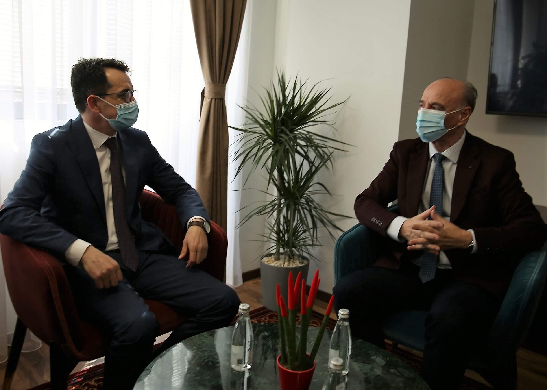 Kryesuesi Çoçaj dhe Kryesuesi Maloku bisedojnë për fuqizimin e sundimit të ligjit në Kosovë