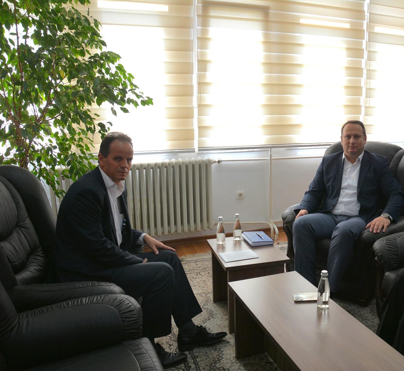 Kryesuesi Zogaj priti në takim Kryetarin e Gjykatës Supreme të Kosovës z.Enver Peci