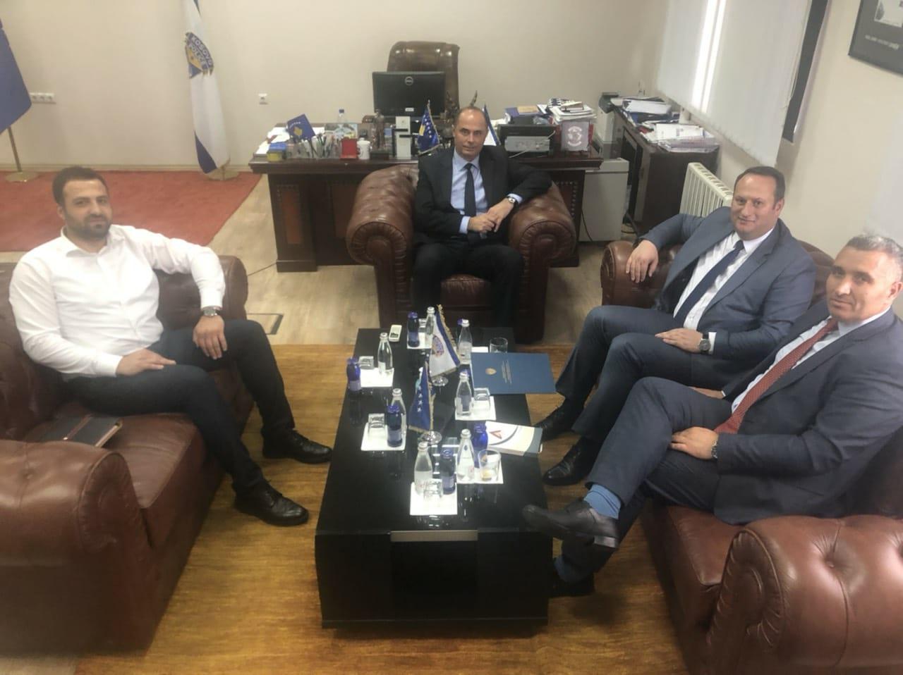 Kryesuesi  i KGjK-së, Albert Zogaj  vizitoi Drejtorin e  Përgjithshëm të Policisë së Kosovës, z.Samedin Mehmeti